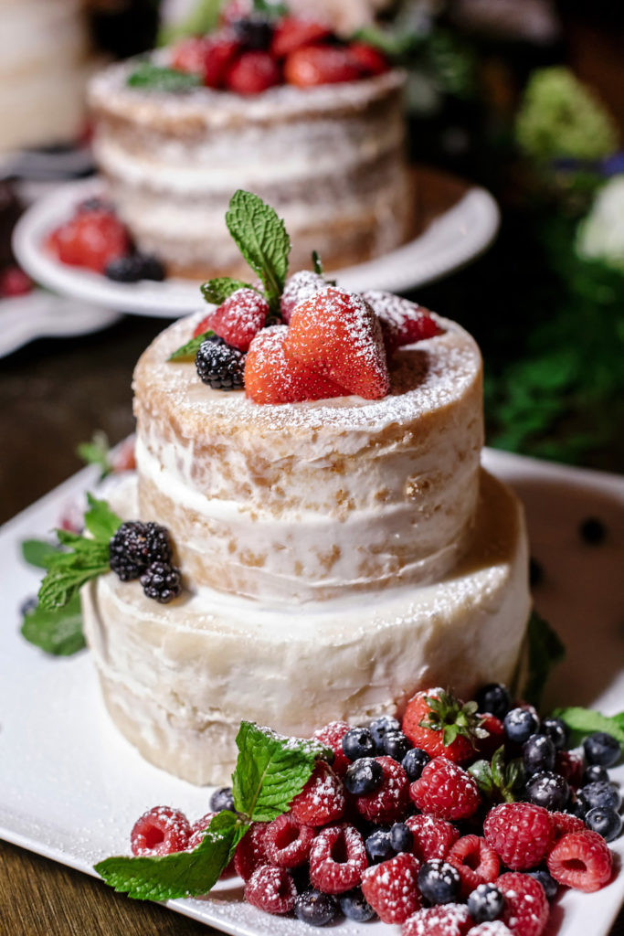 Naked Cake Designs with Berries
