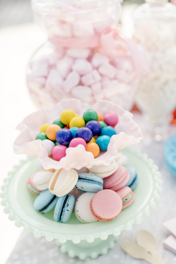 Pastel French Macarons for Party
