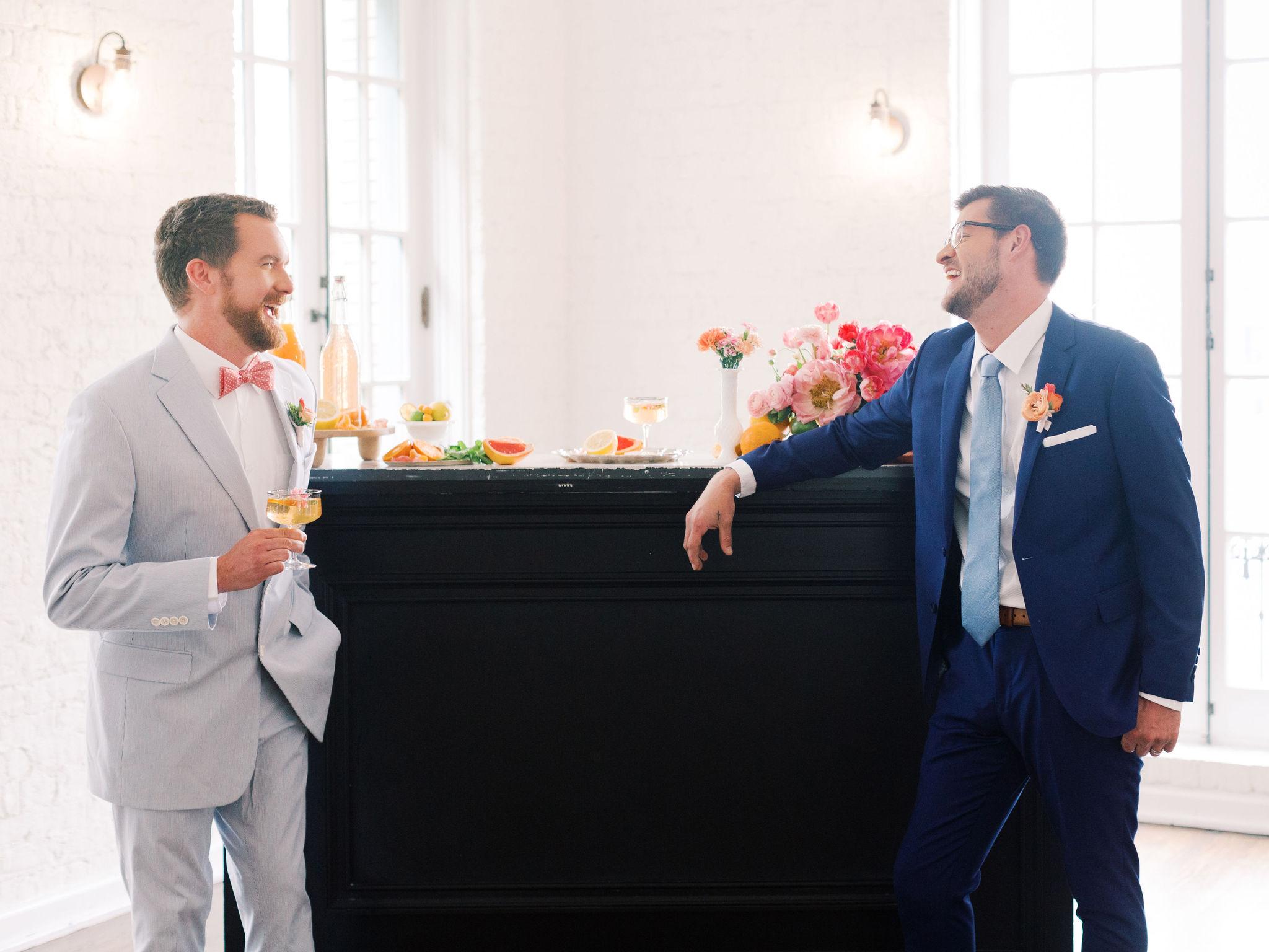 Classy Gay Wedding Decor Ideas