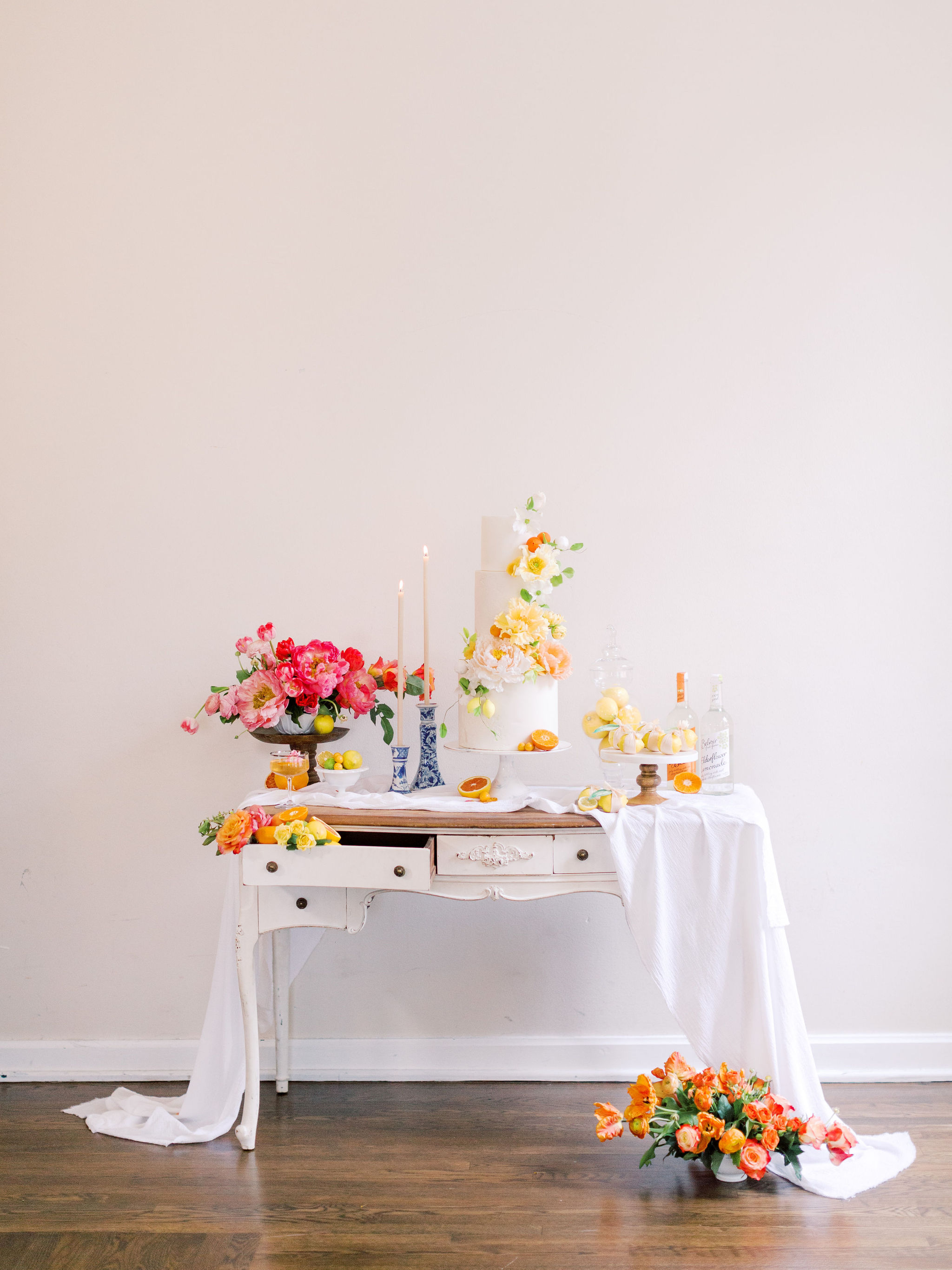 Citrus Wedding Cake Table