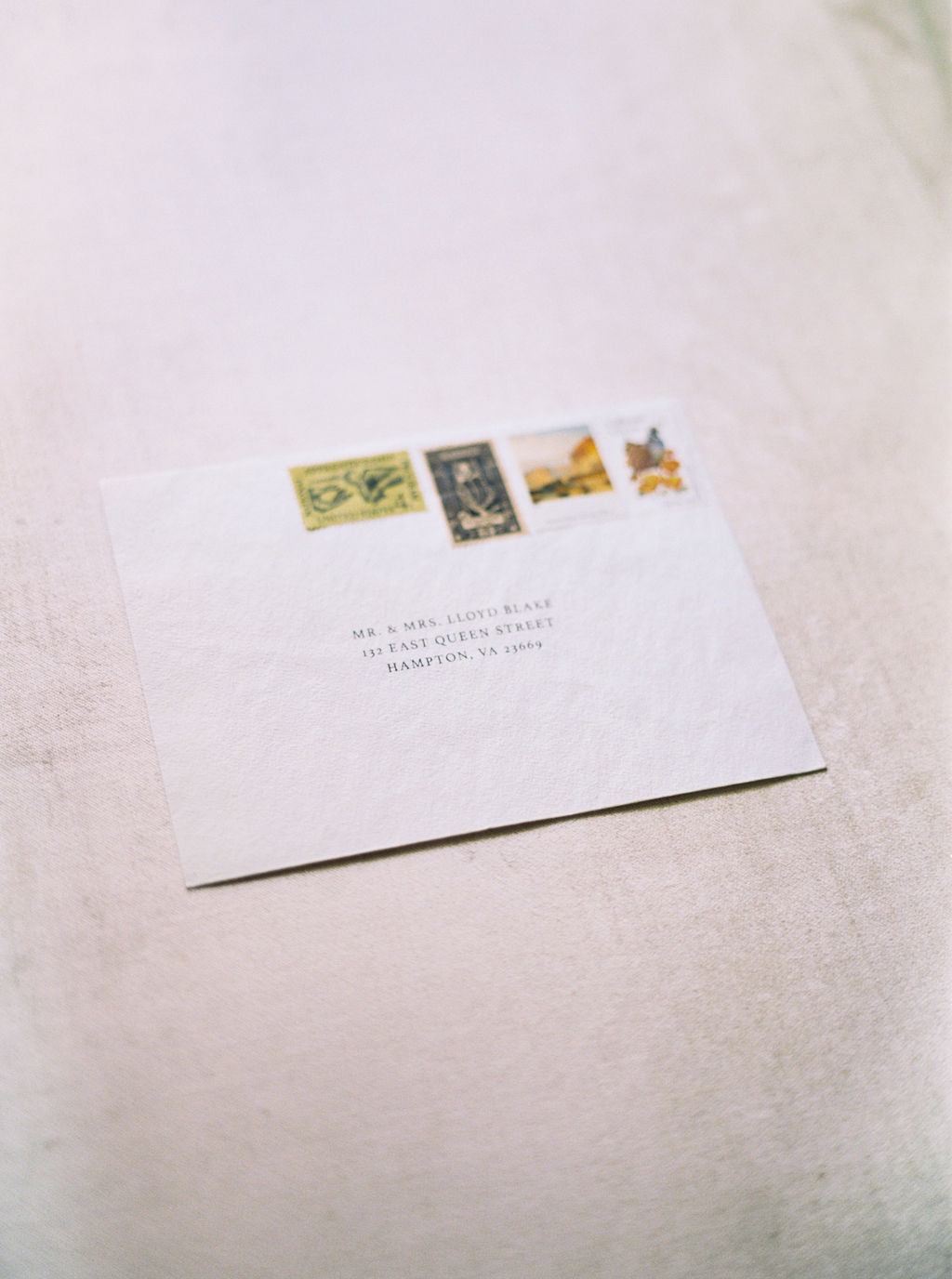 Simple Wedding Envelope Photo