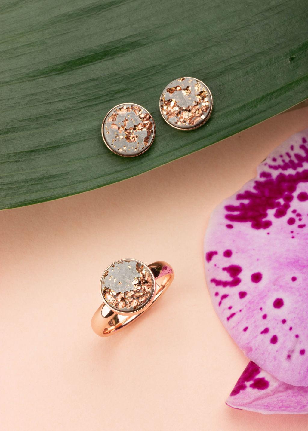 Beautiful Jewelry Styling