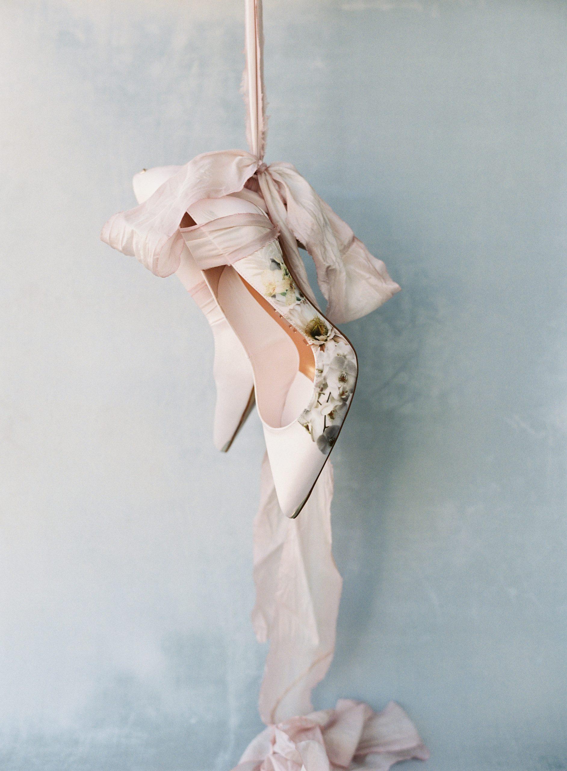 Bridgerton Inspired Wedding Styling